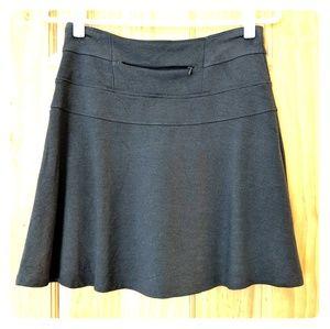 Athleta olive skirt, size 2, EUC